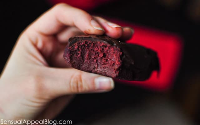 Red Velvet Protein Bars by sensualappealblog.com