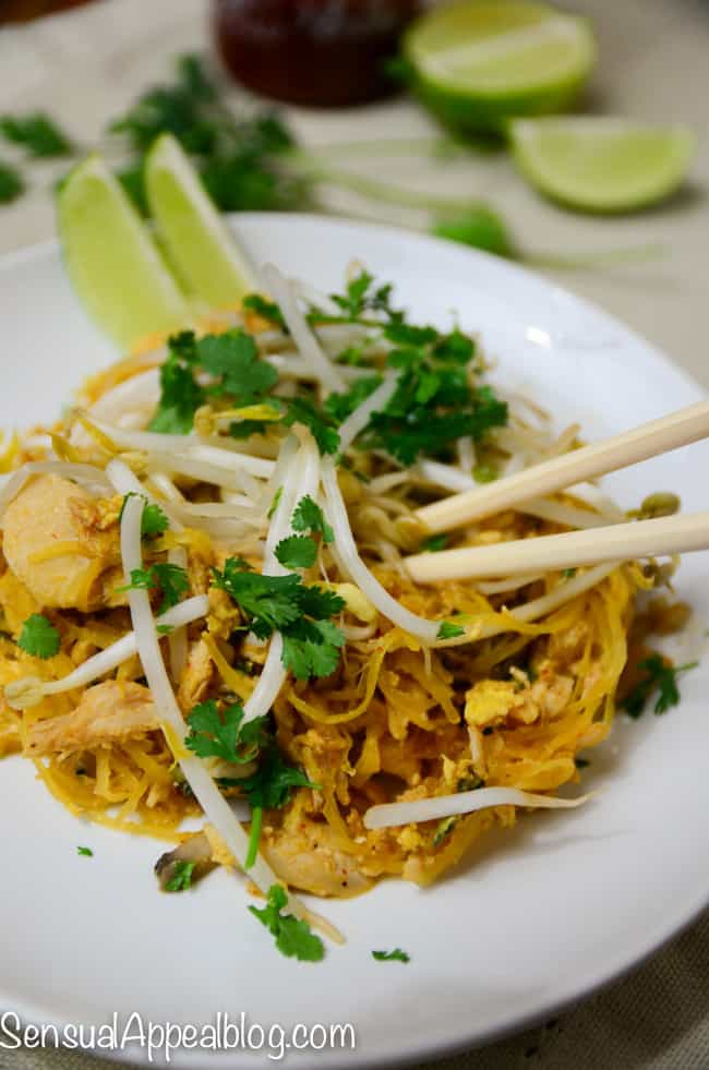 Paleo Chicken Pad Thai - delicious and so easy! #MyMarianos #shop