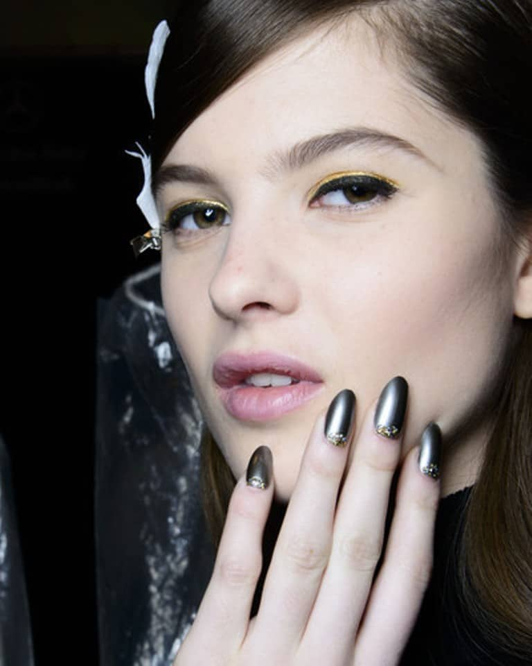 gold nail polish top nail polish trends of 2015