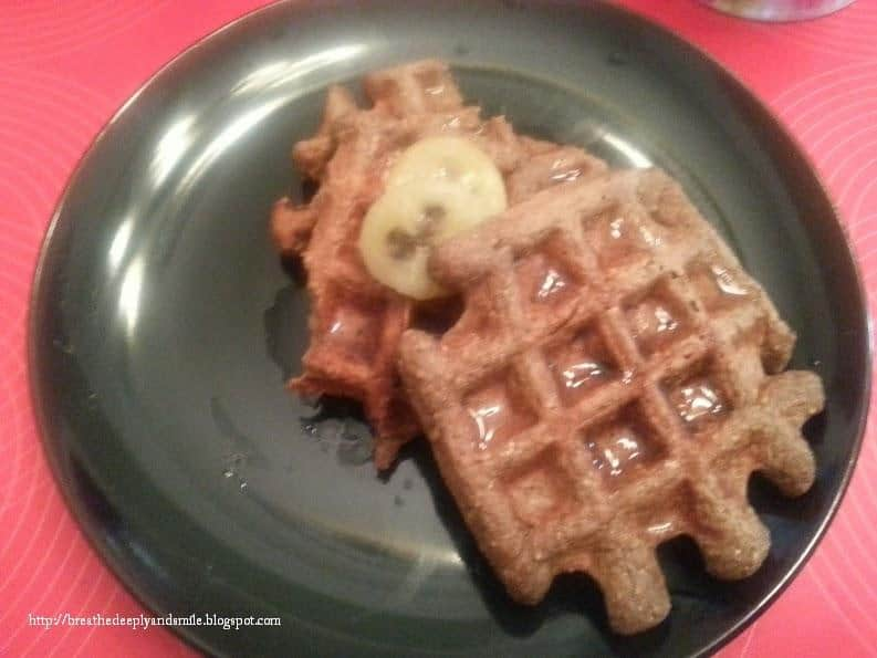 Post-run protein waffles with banana slices!