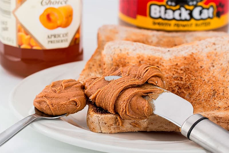 Let's take a look at the other nutrients in your 100 grams of peanut butter: