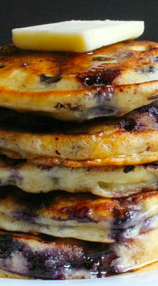 Get the recipe Blueberry Buttermilk Pancakes @recipes_to_go