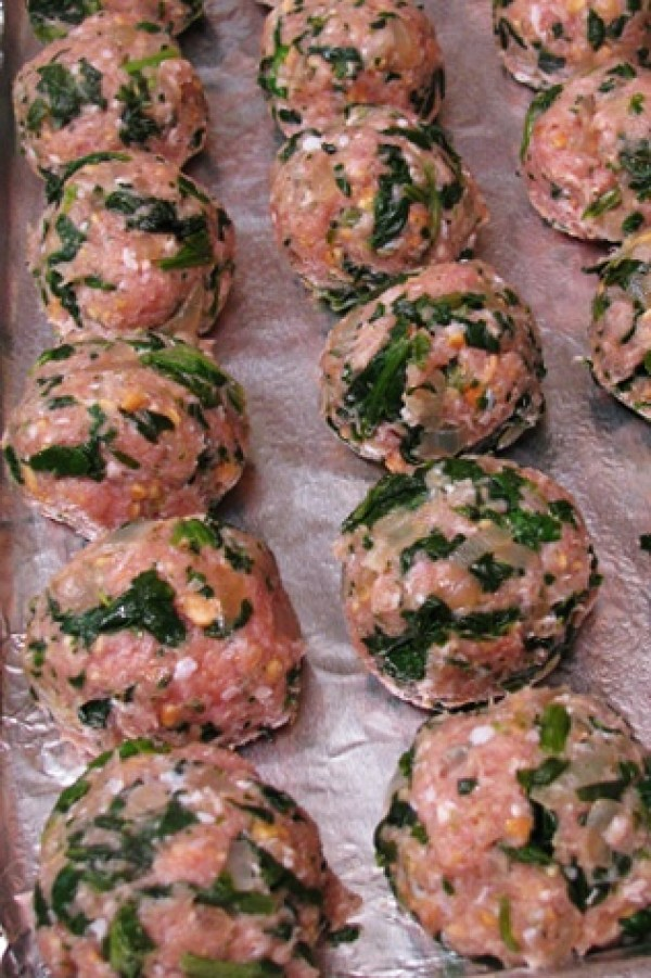 Get the recipe Baked Turkey Meatballs with Spinach @recipes_to_go