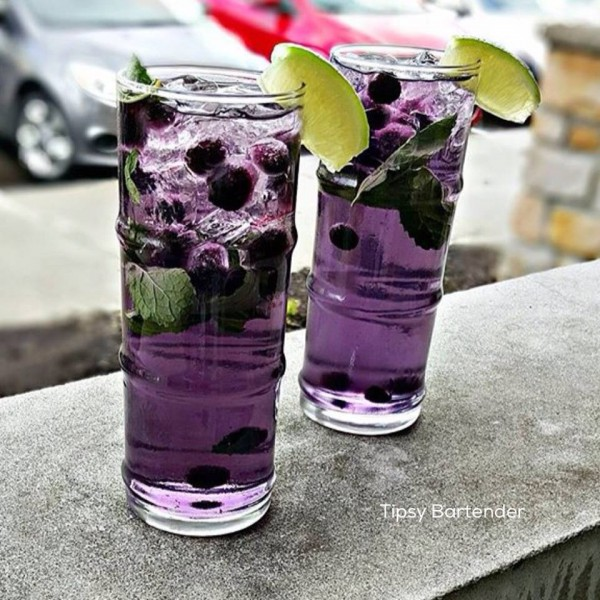 Get the recipe Lavender and Blueberry Mojito @recipes_to_go