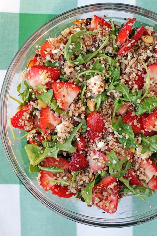 Get the recipe Strawberry Quinoa Salad @recipes_to_go