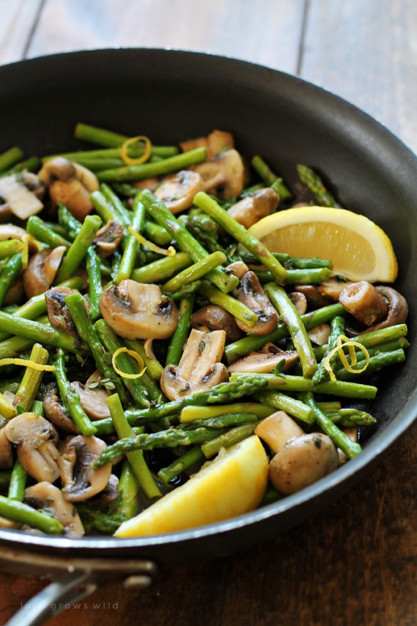 Get the #recipe Asparagus and #Mushrooms in #Lemon Thyme Butter @recipes_to_go