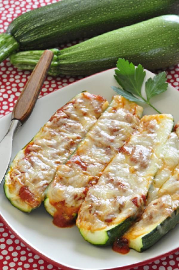 Get the recipe Zucchini Pizza Boats @recipes_to_go