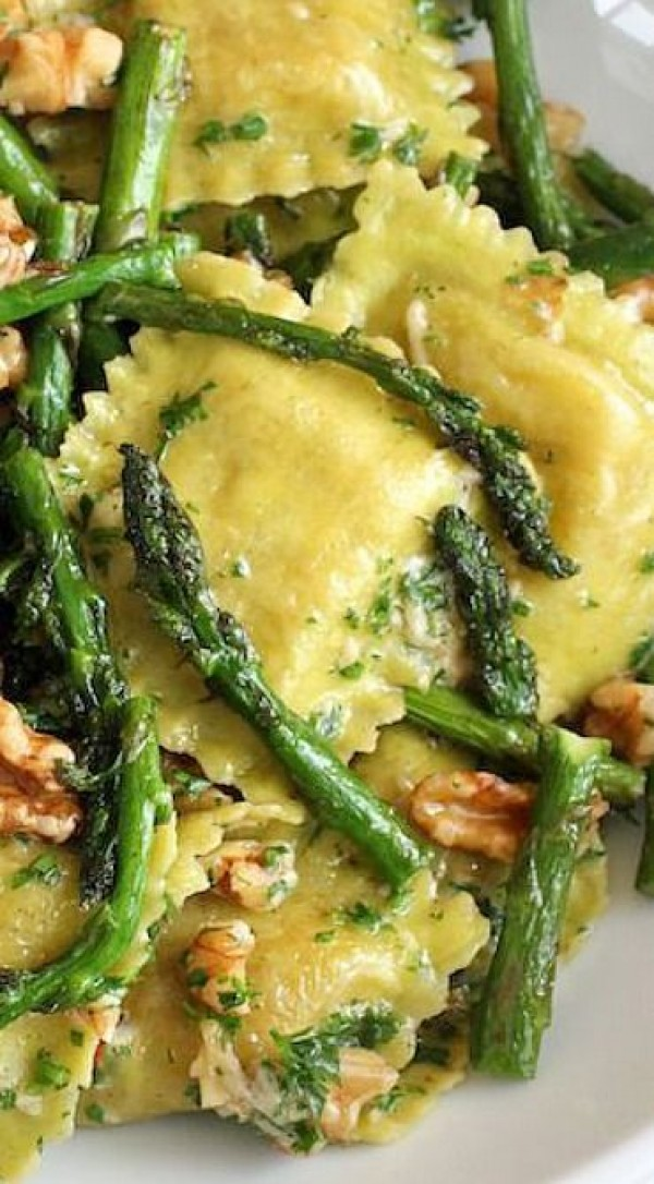 Get the recipe Ravioli Sauteed Asparagus Walnuts @recipes_to_go