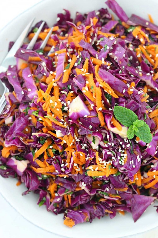 Get the recipe Thai Sesame Red Cabbage Carrot Salad @recipes_to_go