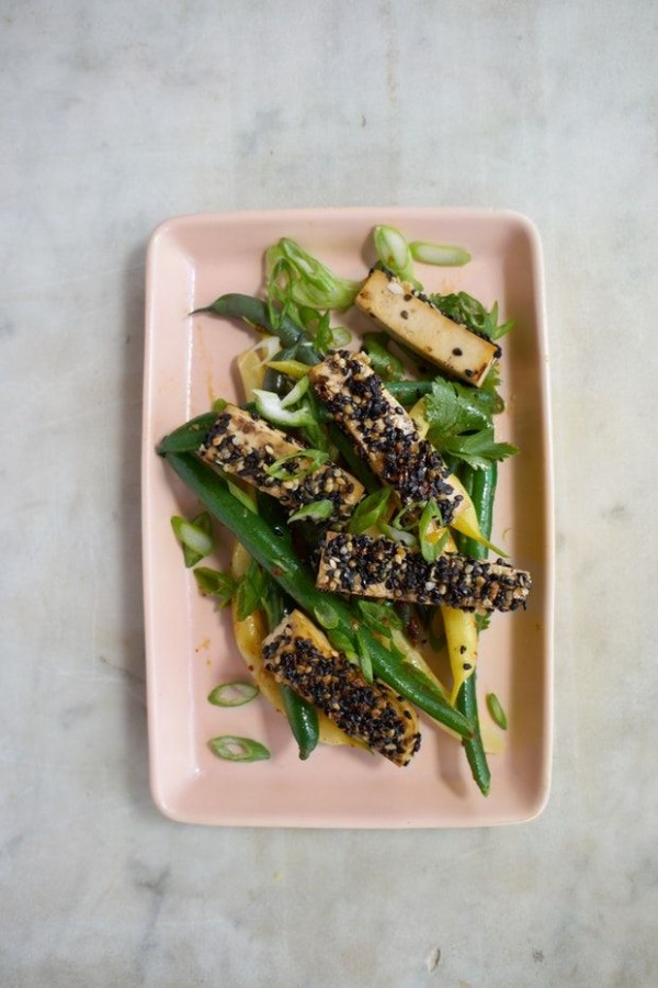 50 Most Delicious and Healthy Vegetarian Recipes - Check out this recipe for golden crusted sesame seeded tofu. Yummy! #RecipeIdeas @recipes_to_go