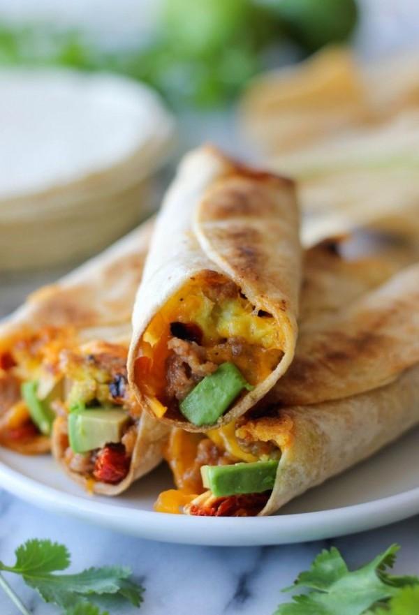 Check out this recipe for breakfast taquitos. Yummy! #RecipeIdeas @recipes_to_go