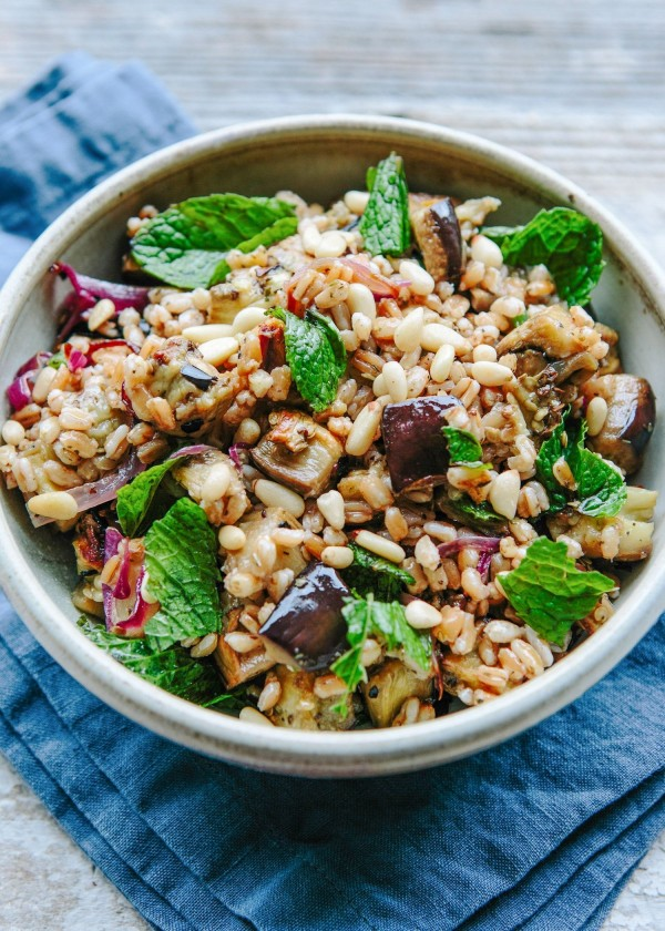 50 Most Delicious and Healthy Vegetarian Recipes - Check out this recipe for Farro salad with roasted eggplant. Yummy! #RecipeIdeas @recipes_to_go