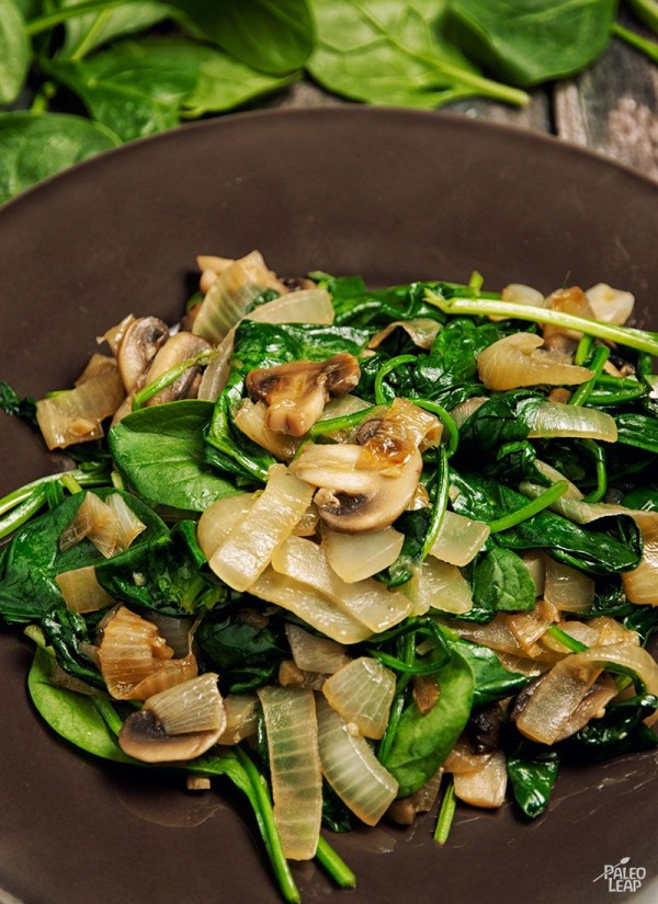 50 Most Delicious and Healthy Vegetarian Recipes - Check out this recipe for sauteed spinach and caramelized onions. Yummy! #RecipeIdeas @recipes_to_go