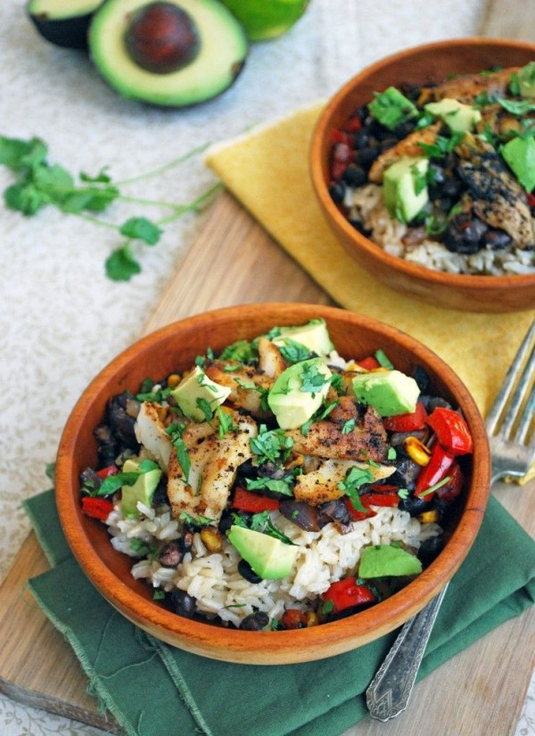 Check out this recipe for fish taco bowls. Yummy! #RecipeIdeas @recipes_to_go