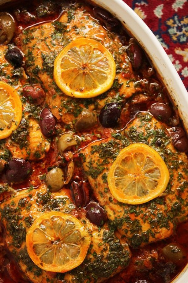 Check out this recipe for Moroccan tangine with ginger saffron. Yummy! #RecipeIdeas @recipes_to_go