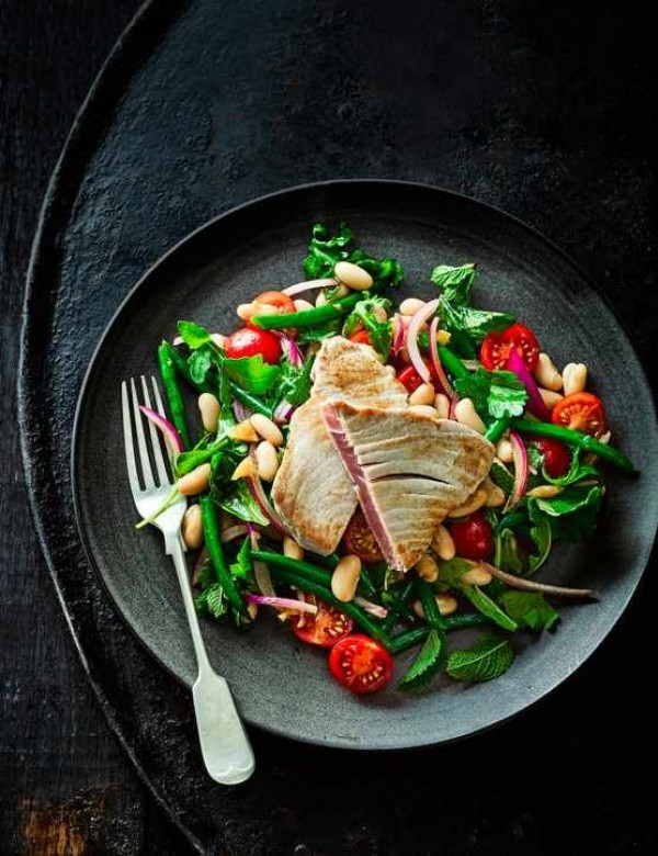 Check out this recipe for tuna steak with bean salad and preserved lemon dressing. Yummy! #RecipeIdeas @recipes_to_go